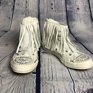 High top leather fringe converse size 7